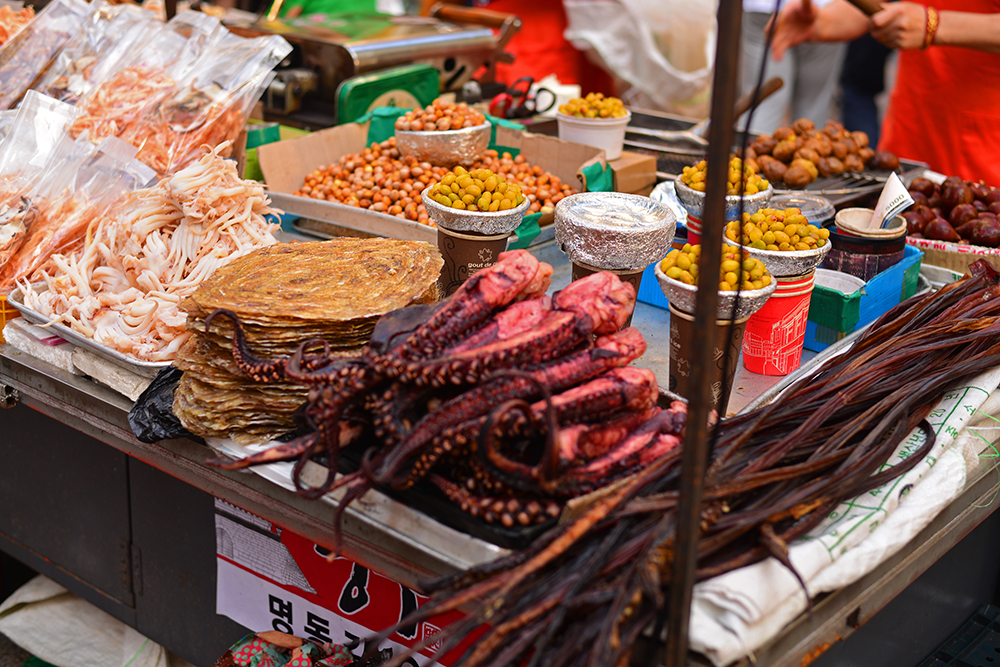Cheap street food in Seoul